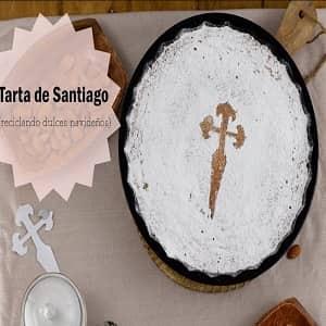Tarta de Santiago con turrón de almendras